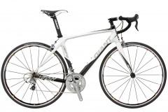 Шоссейный велосипед Giant Defy Advanced 1 (2010)